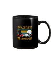 SOCIAL DISTANCING CHAMPION VINTAGE Mug thumbnail
