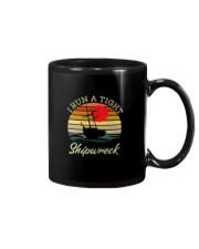 I RUN A TIGHT SHIPWRECK VINATAGE Mug thumbnail