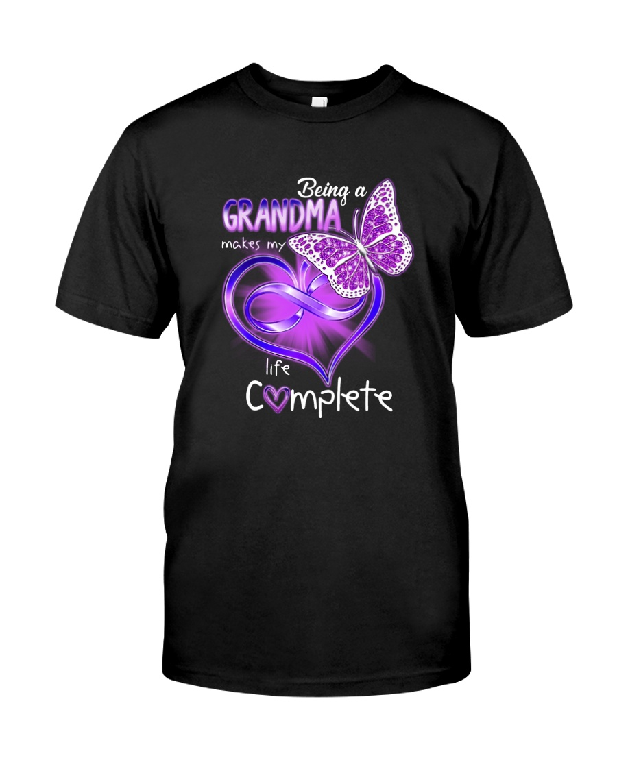 BEING A GRANDMA MAKES MY LIFE COMPLETE Classic T-Shirt