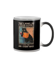 THAT'S WHAT I DO I READ BOOKS AND I KNOW THINGS Color Changing Mug thumbnail
