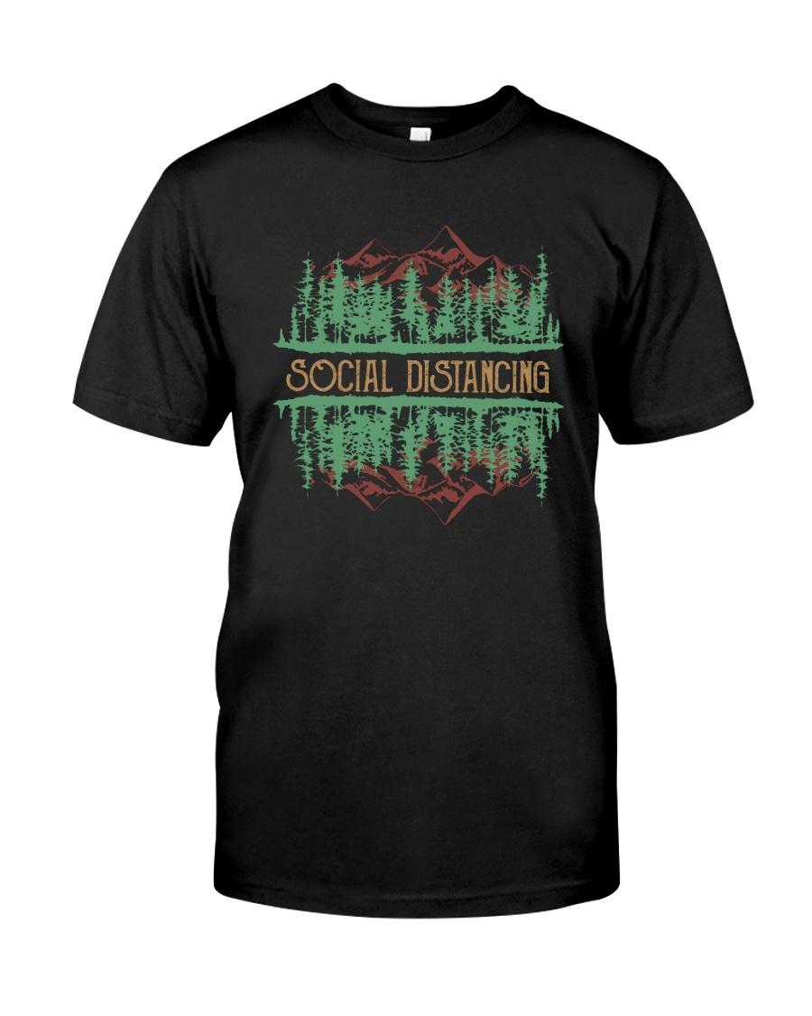 SOCIAL DISTANCING WILDLIFE Classic T-Shirt