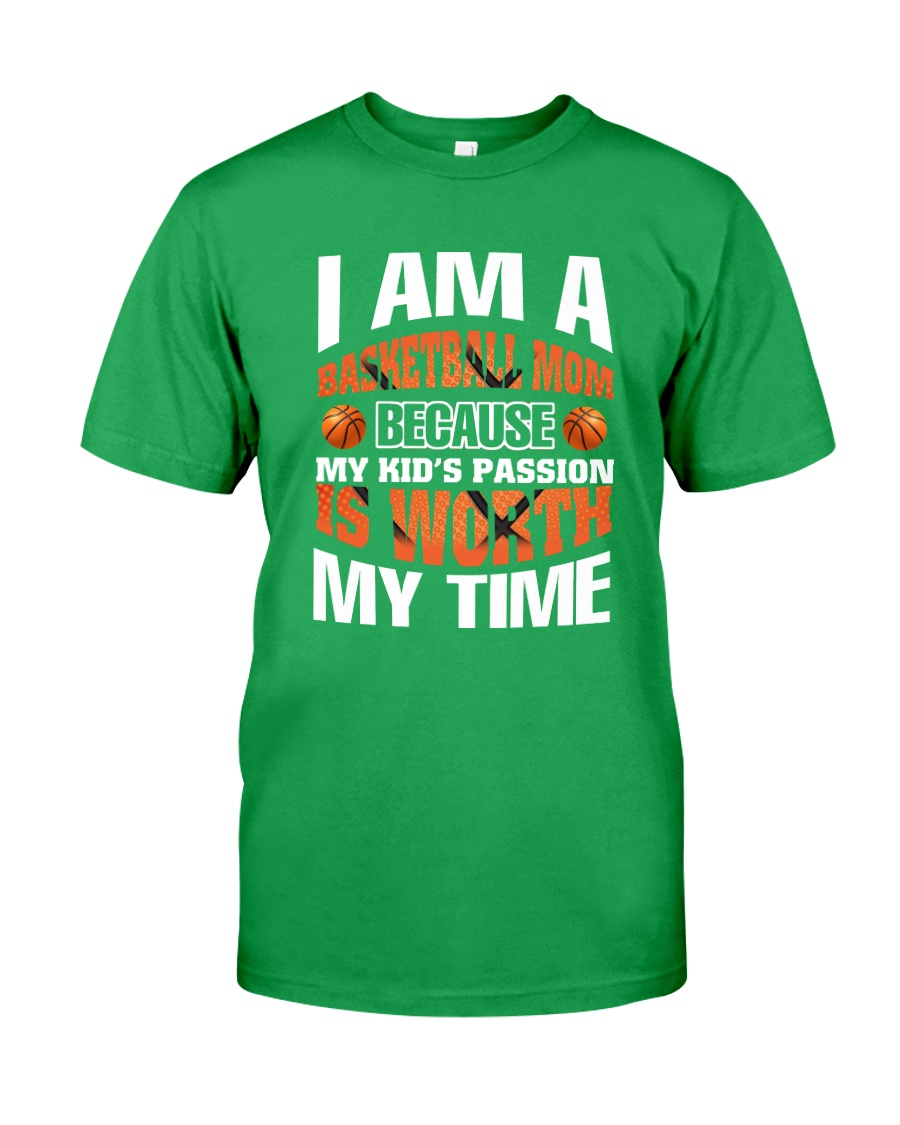 I AM A BASKETBALL MOM Classic T-Shirt