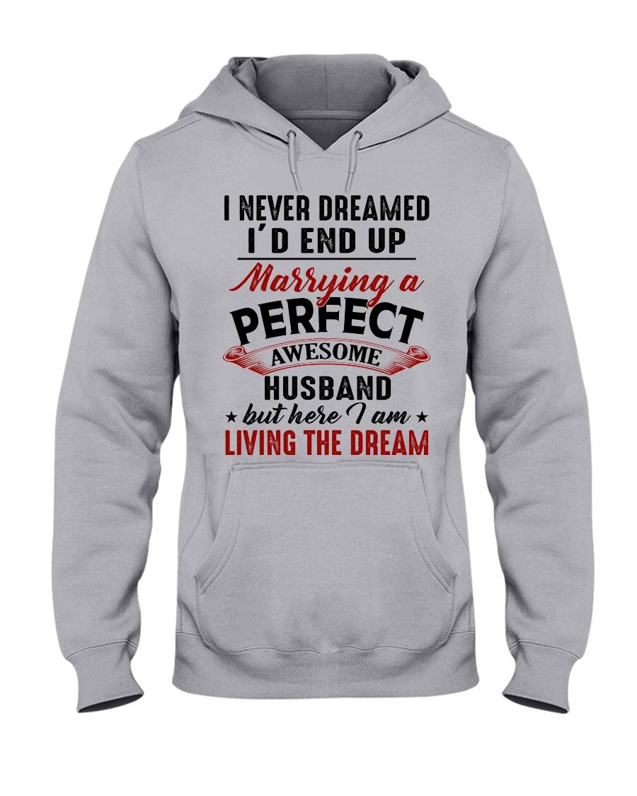 LIVING THE DREAM - LOVELY GIFT FOR WIFE Hooded Sweatshirt