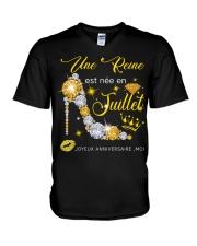 Une Reine Juillet V-Neck T-Shirt thumbnail