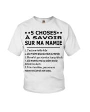 5 Choses Ma Mamie Youth T-Shirt tile