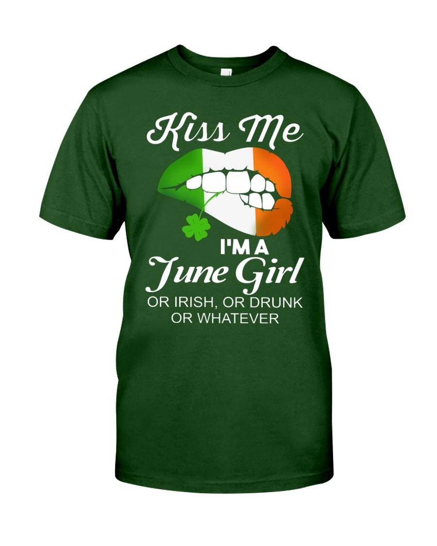 KISS ME I'M JUNE GIRL Classic T-Shirt