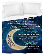 To My Daughter From Mom - Love you to the Moon Duvet Cover - Twin thumbnail