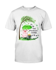 WONDERFUL Classic T-Shirt front