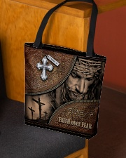 testtui2 All-over Tote aos-all-over-tote-lifestyle-front-02