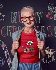 LOVE GIGI LIFE - ART Ladies T-Shirt lifestyle-holiday-crewneck-front-3