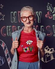 LOVE GRAMMY LIFE - ART Ladies T-Shirt lifestyle-holiday-crewneck-front-3