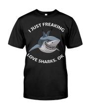 Love shark Classic T-Shirt front