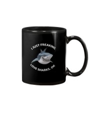 Love shark Mug tile