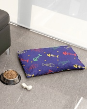 Kitty Meal Cat Bed Pet Bed - Small aos-pet-bed-small-lifestyle-front-01