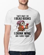 That's what I do I read books Classic T-Shirt lifestyle-mens-crewneck-front-13
