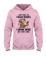 That's what I do I read books Hooded Sweatshirt thumbnail