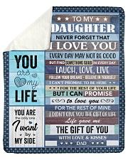 Never Forget That I Love U Dad To Daughter Sherpa Fleece Blanket tile