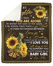 Never feel that U r alone Mom-to-Daughter Sherpa Fleece Blanket tile