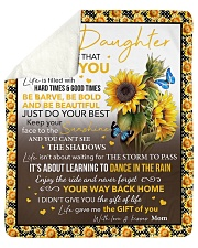 Never Forget That I Love Sunflower Mom To Daughter Sherpa Fleece Blanket tile