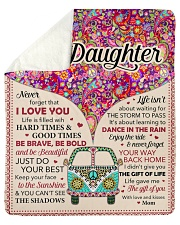 """Never Forget That I Love You - Mom To Daughter Sherpa Fleece Blanket - 50"""" x 60"""" thumbnail"""