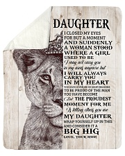 Lion Crown-I closed my eyes moment M-To-Daughter Sherpa Fleece Blanket tile