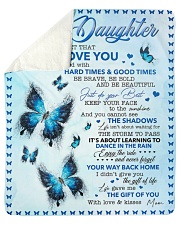 Never Forget That I Love U Mom To Daughter Sherpa Fleece Blanket tile