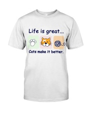 Life is great cats make it better Classic T-Shirt thumbnail