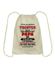 Eine Gluckliche Tochter Einen Verruckten Habe Papa Drawstring Bag thumbnail