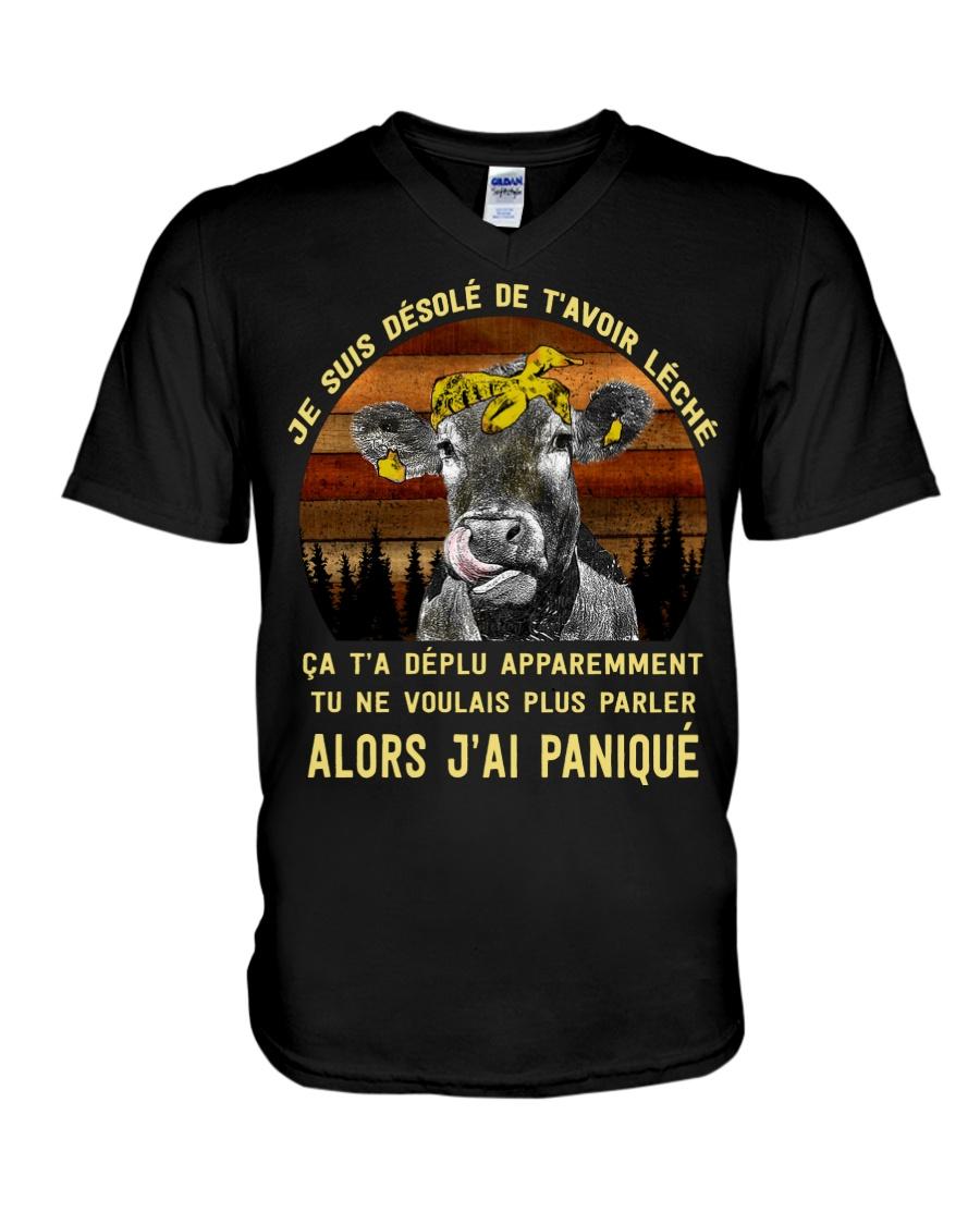 cow mug - I'm sorry I licked you french vs V-Neck T-Shirt