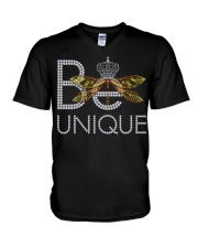 Be Unique-queen of dragonfly V-Neck T-Shirt thumbnail