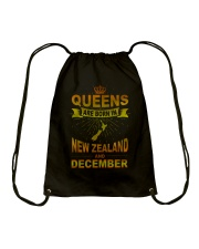 NEWZEALAND-GOLD-QUEES-DECEMBER Drawstring Bag thumbnail