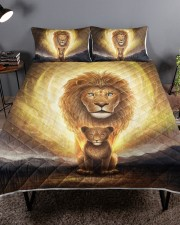 Lion dad and son Queen Quilt Bed Set aos-queen-quilt-bed-set-lifestyle-front-01a