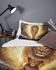 Lion dad and son Queen Quilt Bed Set aos-queen-quilt-bed-set-lifestyle-front-09