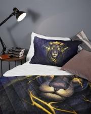 Queen Lion Queen Quilt Bed Set aos-queen-quilt-bed-set-lifestyle-front-09