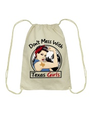 DON'T MESS WITH TEXAS GIRLS Drawstring Bag tile
