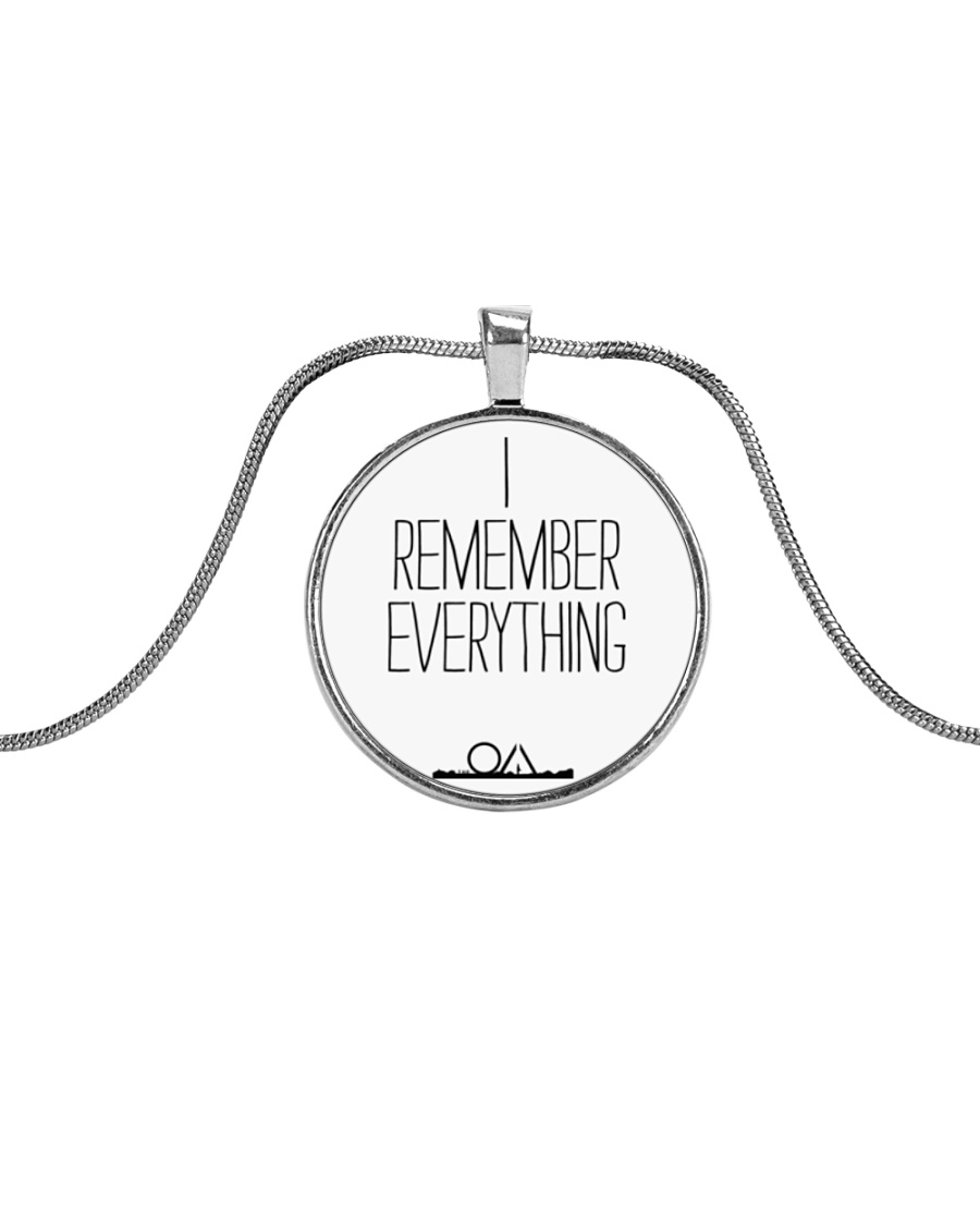 The OA - I REMEMBER EVERYTHING Metallic Circle Necklace