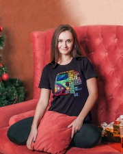 Peace I hope the days come easy and the moment Ladies T-Shirt lifestyle-holiday-womenscrewneck-front-2