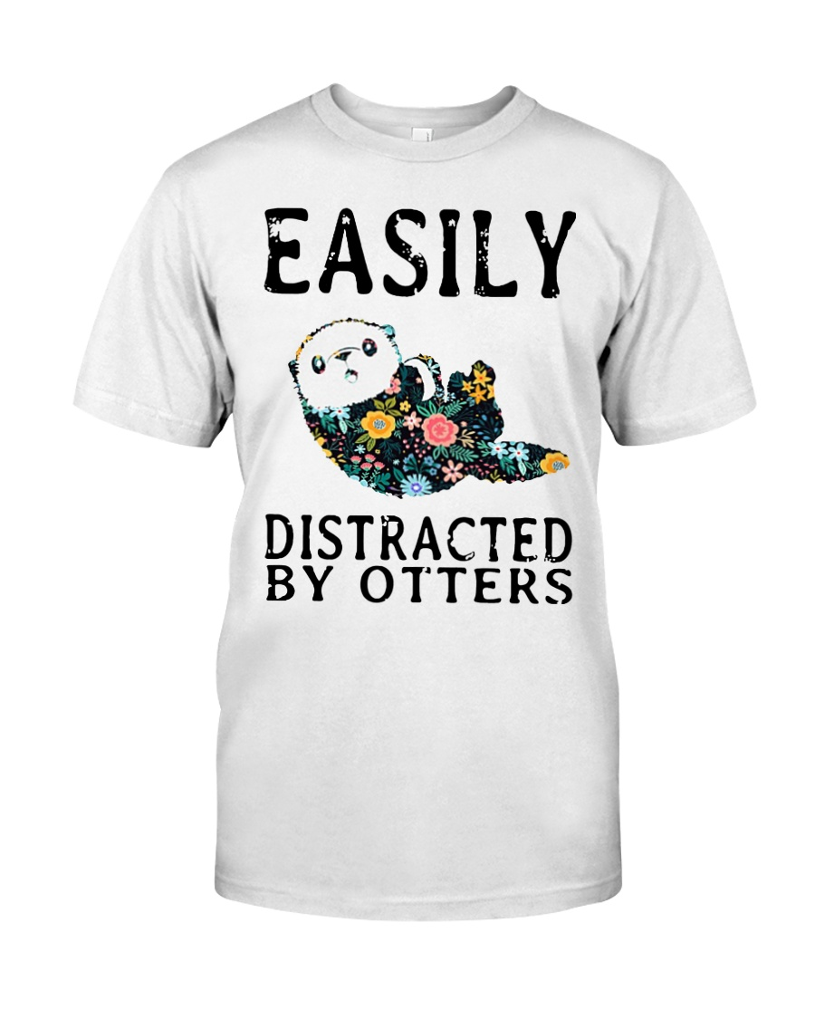 Easily distracted by otters Classic T-Shirt