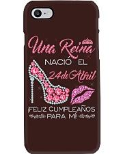 Camisetas Sublimadas Reina Nacida en Abril Mujer Phone Case thumbnail