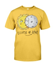 COUPLE- ECLIPSE of LOVE Classic T-Shirt front