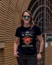 BEST QUEEN -JAMAICAN 010 Ladies T-Shirt lifestyle-women-crewneck-front-2