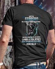 febrero romperme pero fallo Classic T-Shirt lifestyle-mens-crewneck-back-2