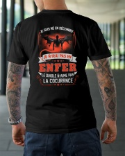 decembre je n'irai pas en enfer Classic T-Shirt lifestyle-mens-crewneck-back-3