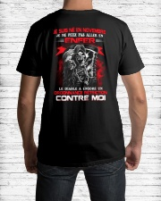 novembre contre moi Classic T-Shirt lifestyle-mens-crewneck-back-1