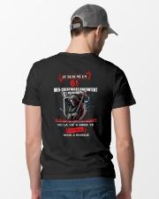 je suis ne en 61 Classic T-Shirt lifestyle-mens-crewneck-back-6