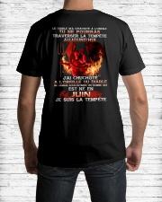 je suis la tempete juin Classic T-Shirt lifestyle-mens-crewneck-back-1