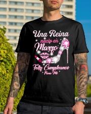 Nacio En 3 Classic T-Shirt lifestyle-mens-crewneck-front-8