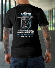 aout romperme pero fallo Classic T-Shirt lifestyle-mens-crewneck-back-3