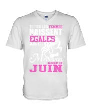 juin toutes-les-femmes V-Neck T-Shirt thumbnail