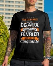 fevrier dans leur cinquante Classic T-Shirt lifestyle-mens-crewneck-front-8
